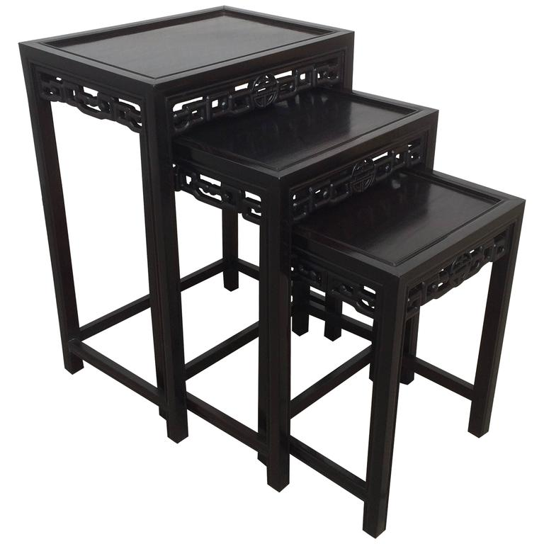 Chinese Black Lacquered Nest Of Three Side Tables For Sale