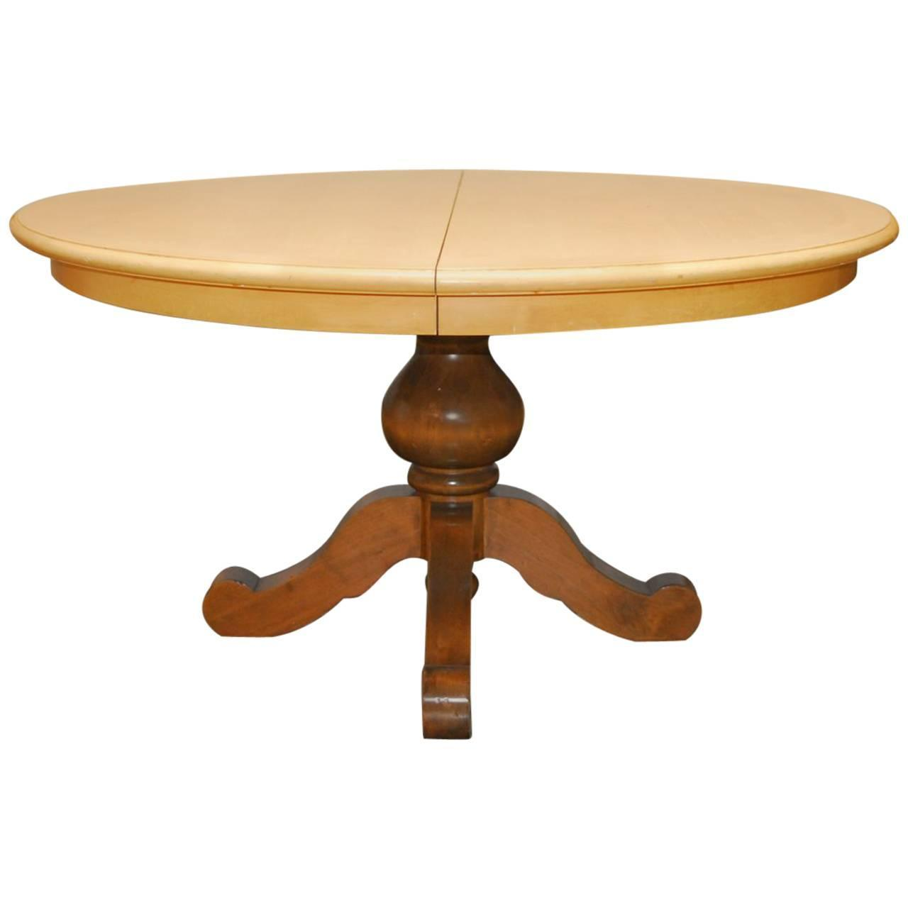 Round pedestal dining table for sale at 1stdibs for Round dining room tables for sale