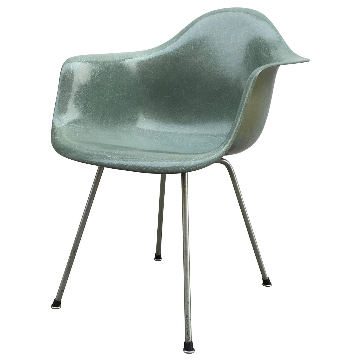 Eames Zenith Seafoam Green DAX Dining Chair For Sale at ...