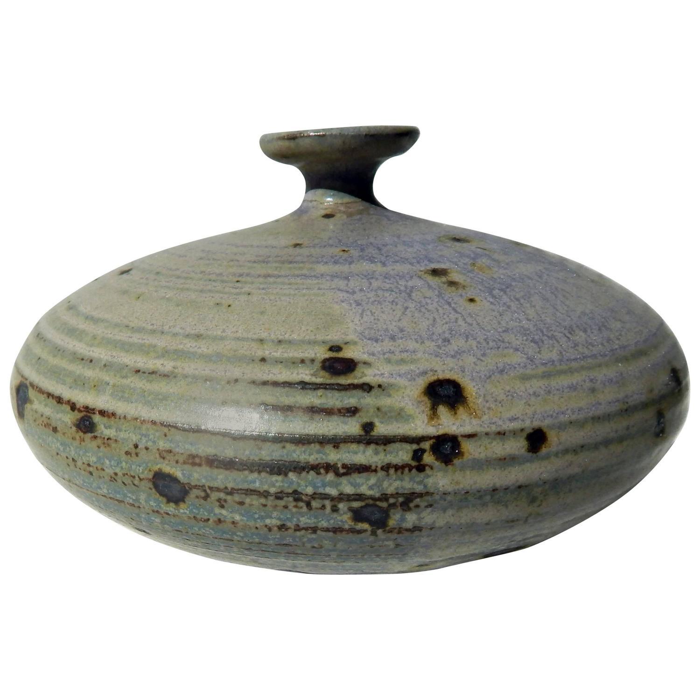 Vivika and otto heino tall studio art pottery vase for sale at 1stdibs vivika and otto heino studio pot reviewsmspy