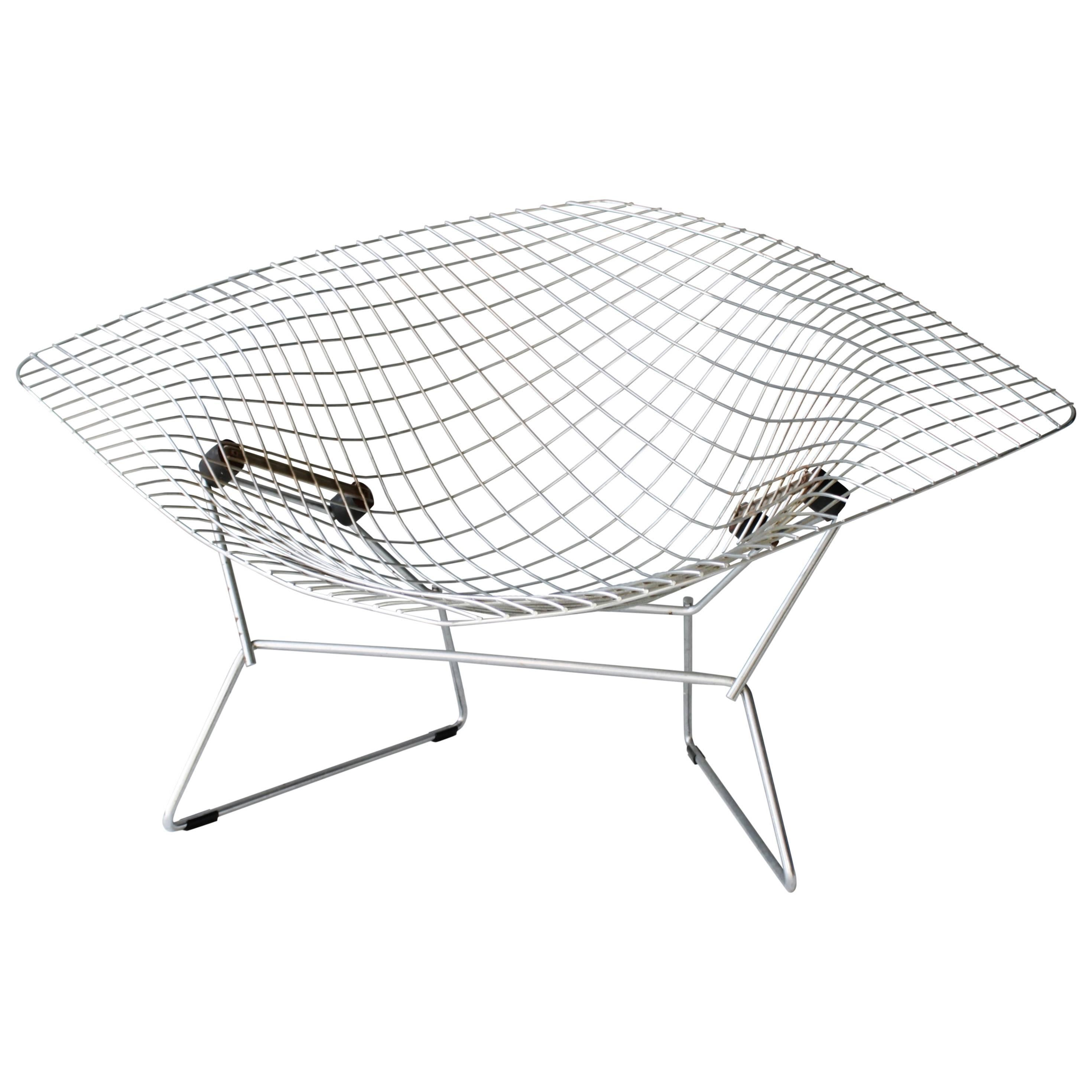 butterfly chair by j e hardoy ferrari for knoll 1970 at 1stdibs 1950s Bedroom Furniture Set