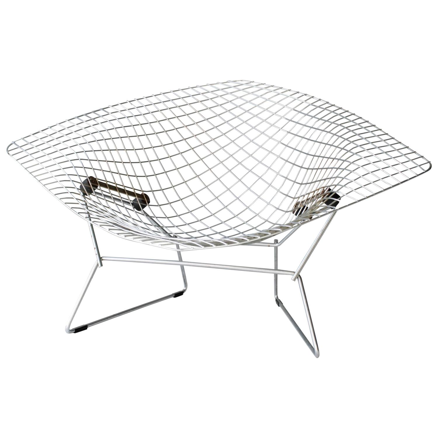 large diamond chair by harry bertoia for knoll for sale at 1stdibs. Black Bedroom Furniture Sets. Home Design Ideas