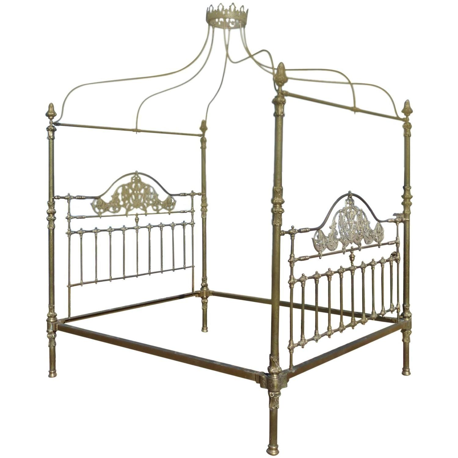 Four poster bed for sale for Beds for sale