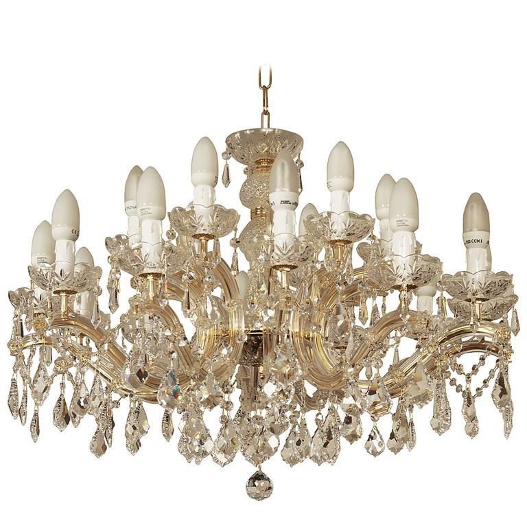 Very Italian Crystal Chandelier For Sale at 1stdibs