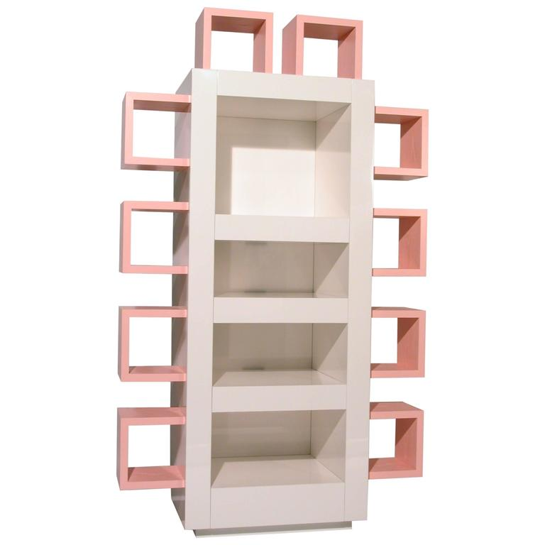 Contemporary Italian Lacquered White And Pink Bookshelf Memphis Postdesign For Sale
