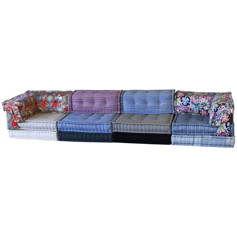 Mah jong modular sofa group by roche bobois at 1stdibs for Mah jong divano