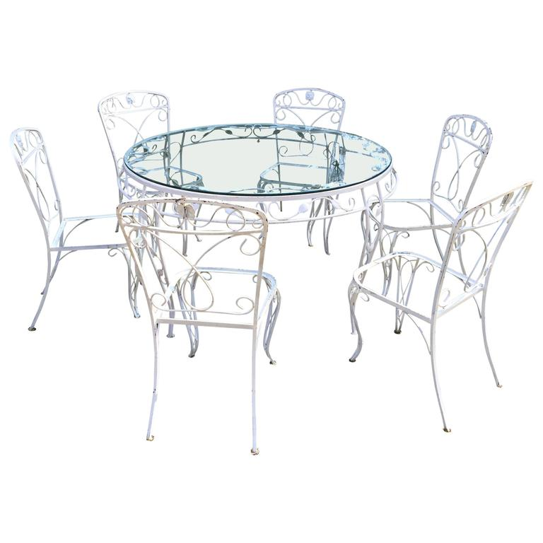 Iron Garden Furniture Set Round Table and Six Chairs