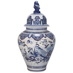 Early 20th Century Blue and White Dutch Chinoiserie Urn or Vase with Foo Dog Lid