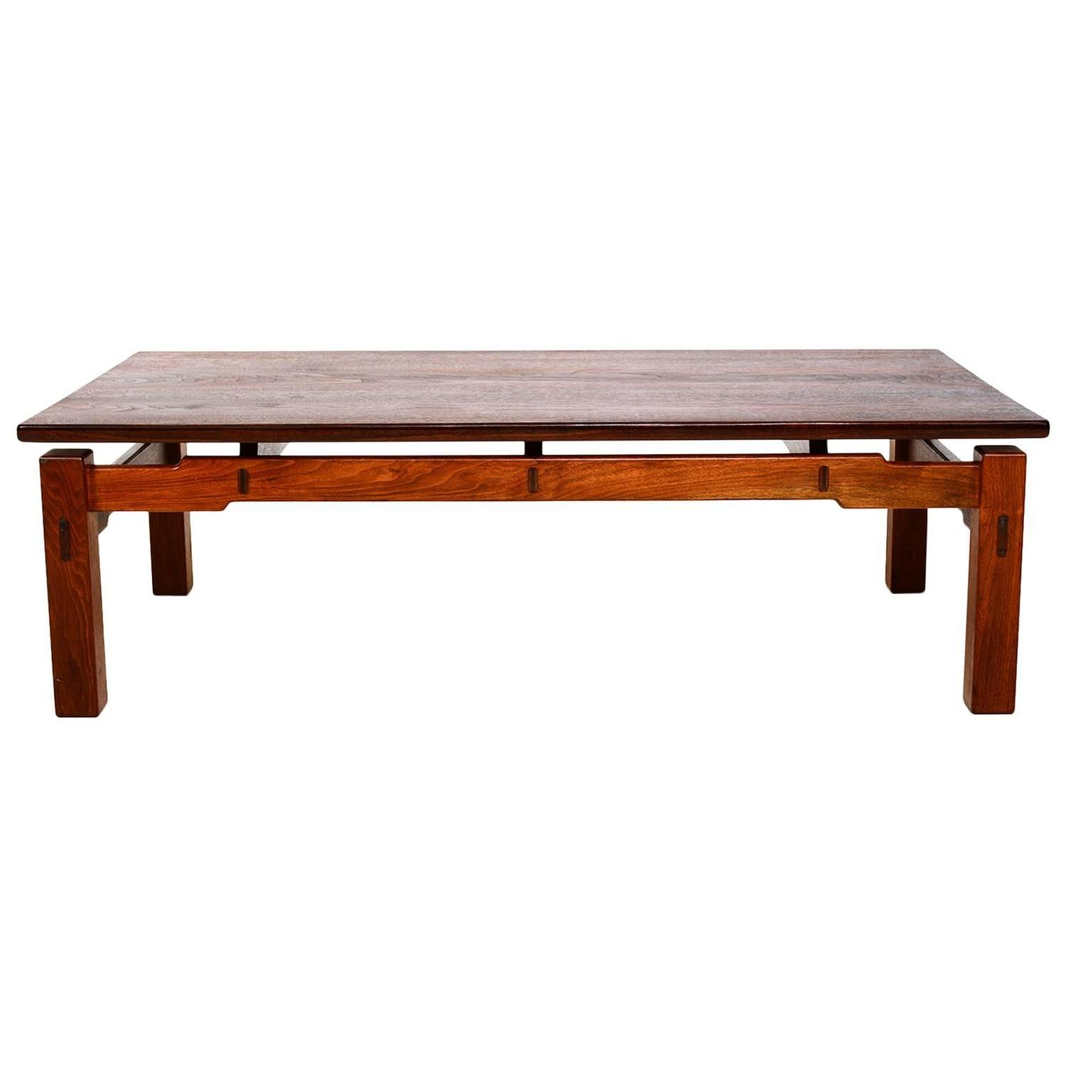 mid century modern studio solid teak coffee table for sale at 1stdibs. Black Bedroom Furniture Sets. Home Design Ideas