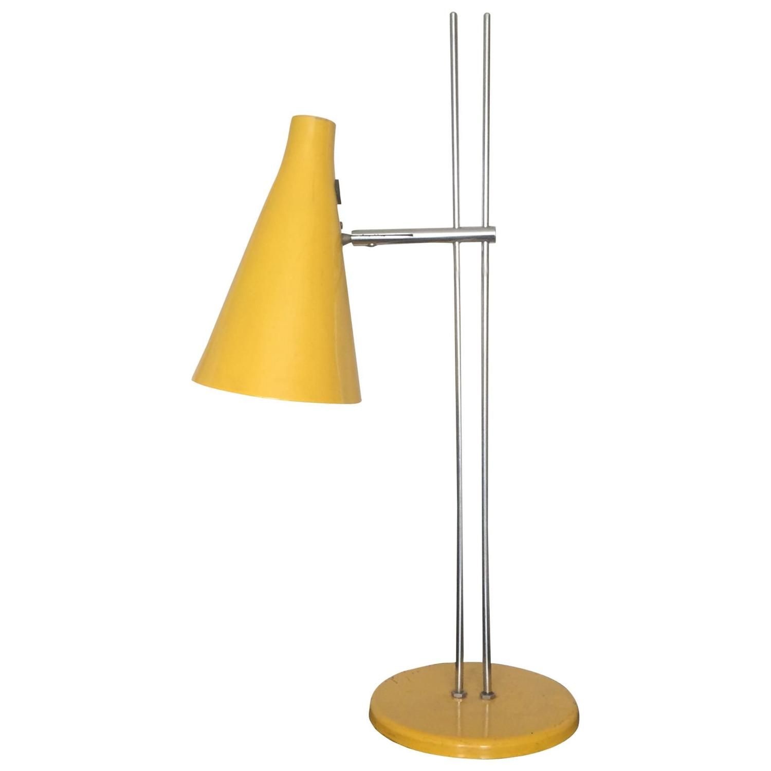 Yellow adjustable table lamp for sale at 1stdibs for Gazzetta 5 light table lamp