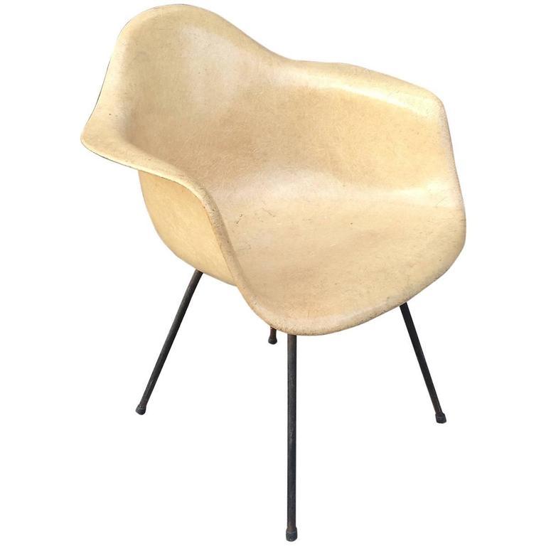 Eames Fiberglass Armchair 28 Images Eames Molded