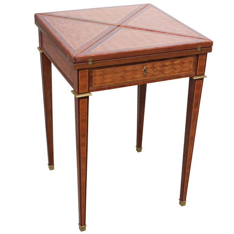 19th Century French Mahogany Handkerchief Card Table For Sale