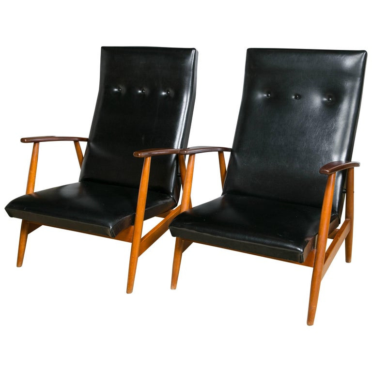 Pair of Mid Century Modern Scandinavian Teak and Black Lounge Chairs For Sale