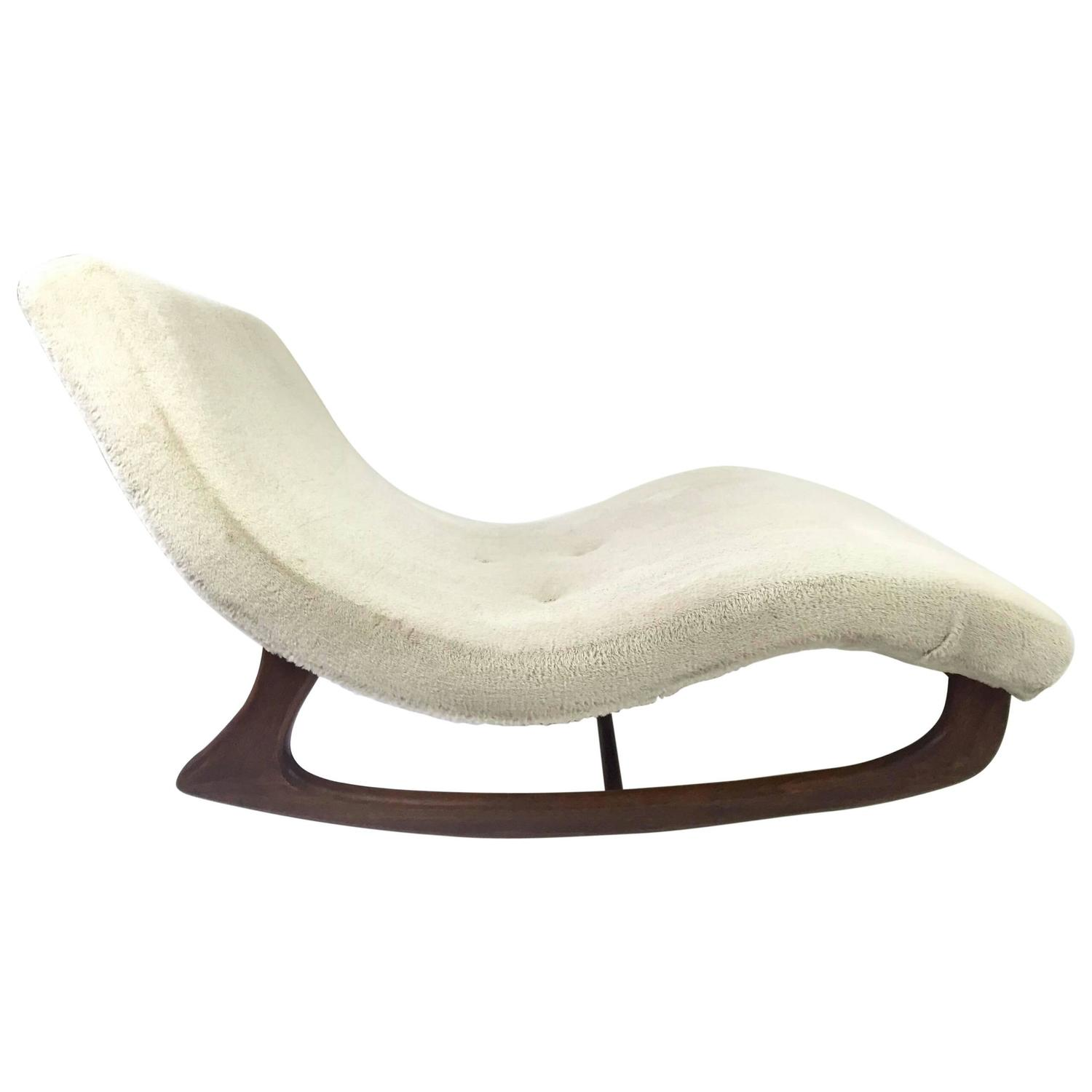 Adrian pearsall partners rocking chaise longue at 1stdibs for Adrian pearsall rocking chaise