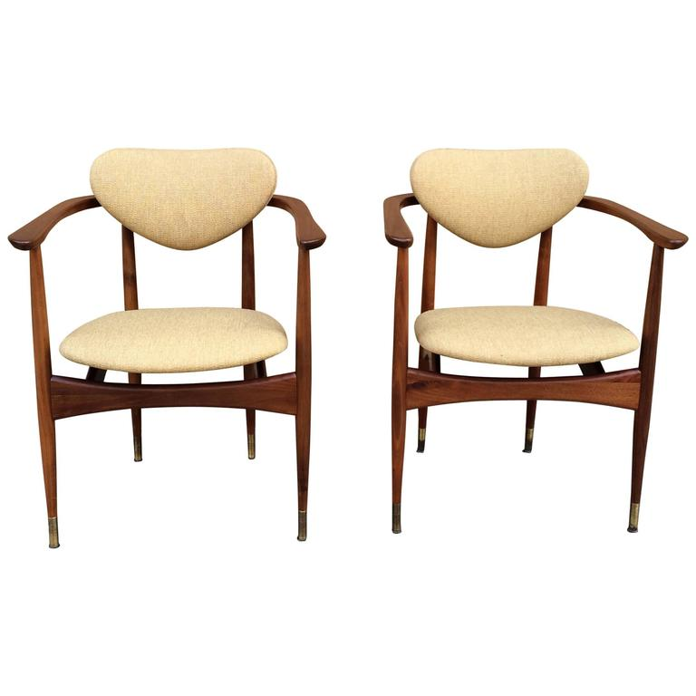 Pair of mid century modern walnut armchairs in the manner for Mid century modern armchairs