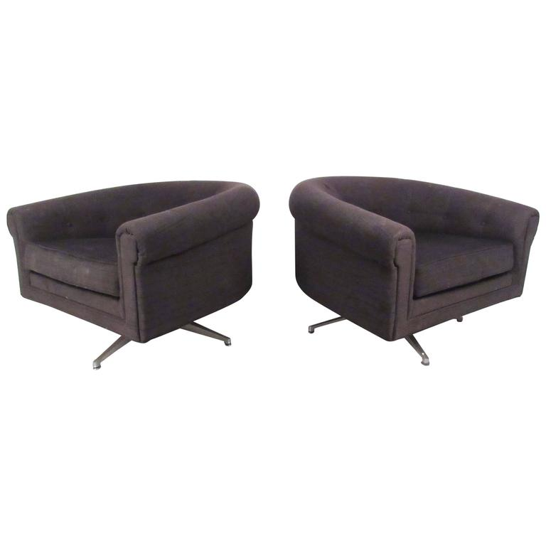 Pair of Mid-Century Style Swivel Lounge Chairs by Selig