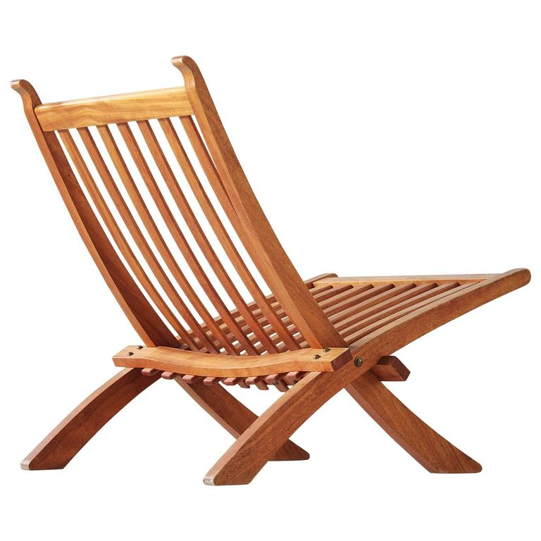 Hans Wegner Rare Folding Chair in Mahogany For Sale at 1stdibs