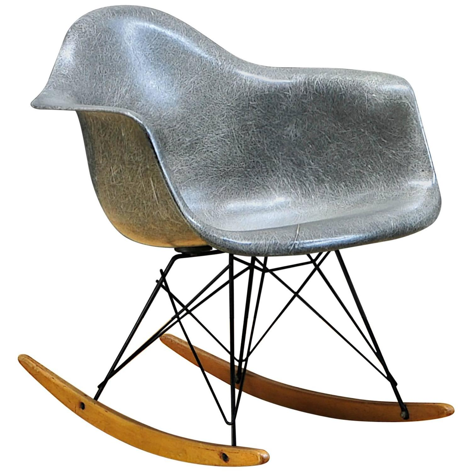 1950s elephant hide grey eames rar rope edge rocking chair. Black Bedroom Furniture Sets. Home Design Ideas