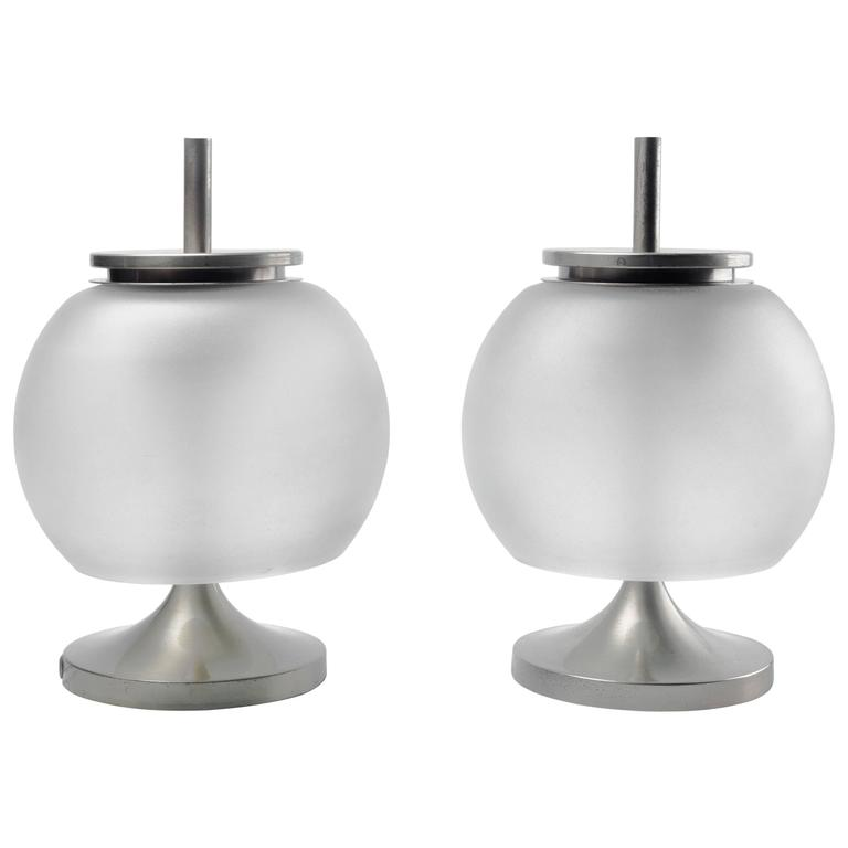 Pair of Italian Table Lamps Chi by E Gismondi for Artemide, Nickel and Glass