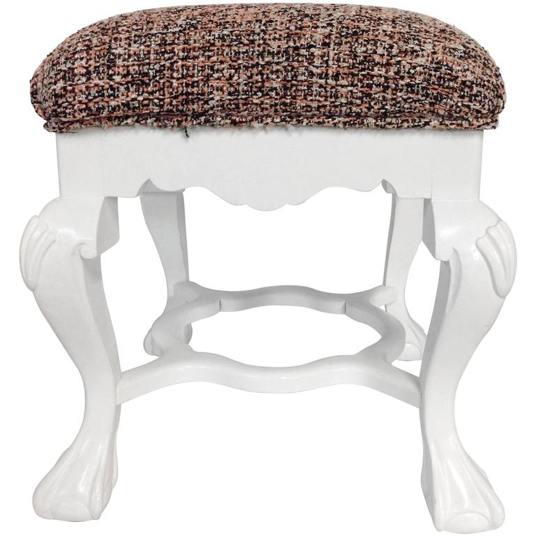 1950s Queen Anne Style White Lacquer Upholstered Bench At 1stdibs
