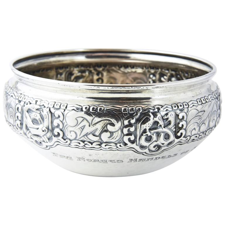 Ornate Nordic Arts & Crafts Bowl by Oslo Silversmith Thune For Sale