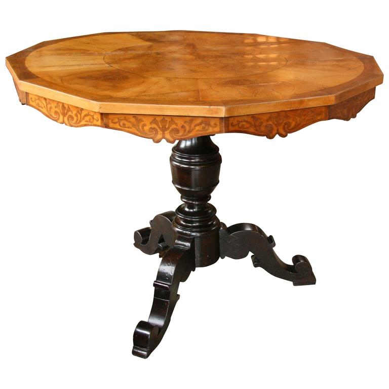 Italian 19th century round center table for sale at 1stdibs for Table th center