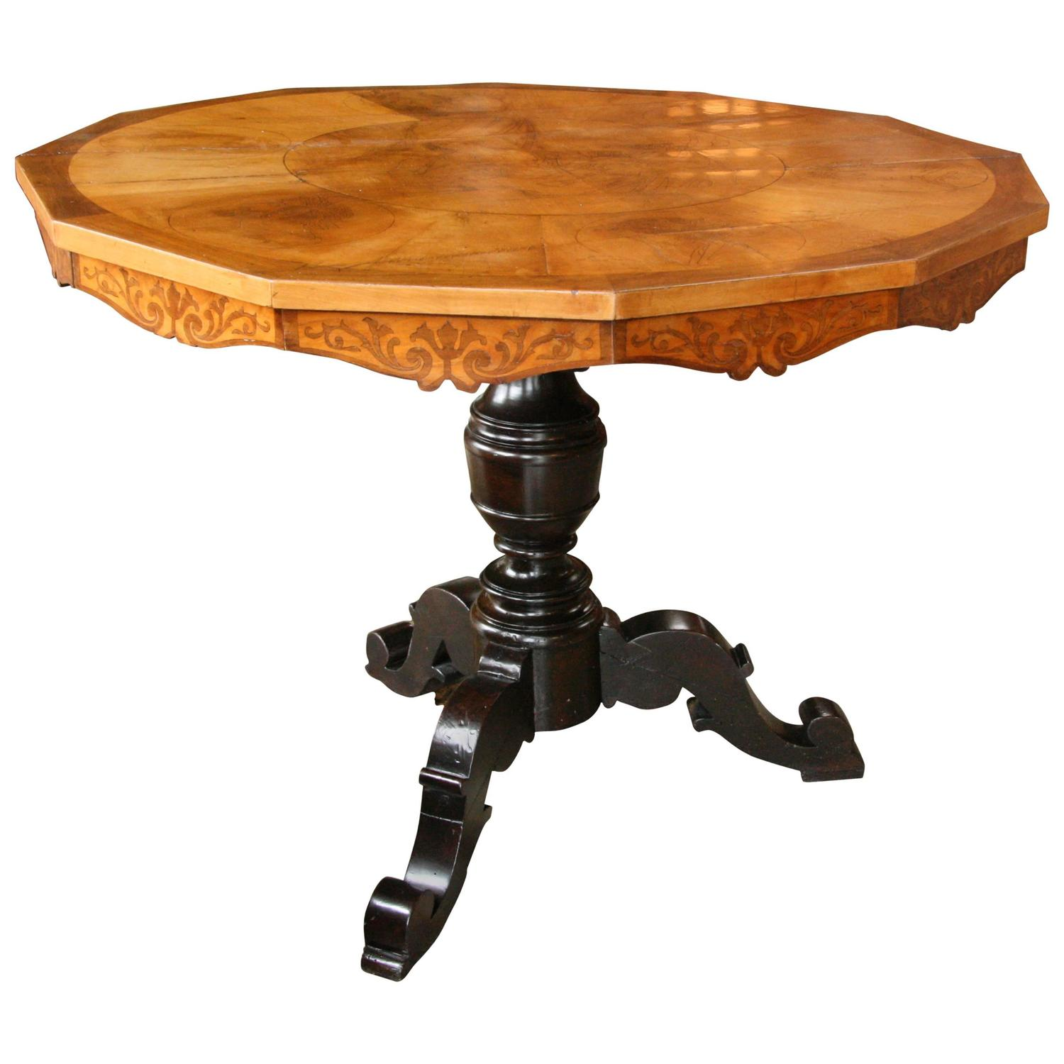 Italian 19th century round center table at 1stdibs for Table th center