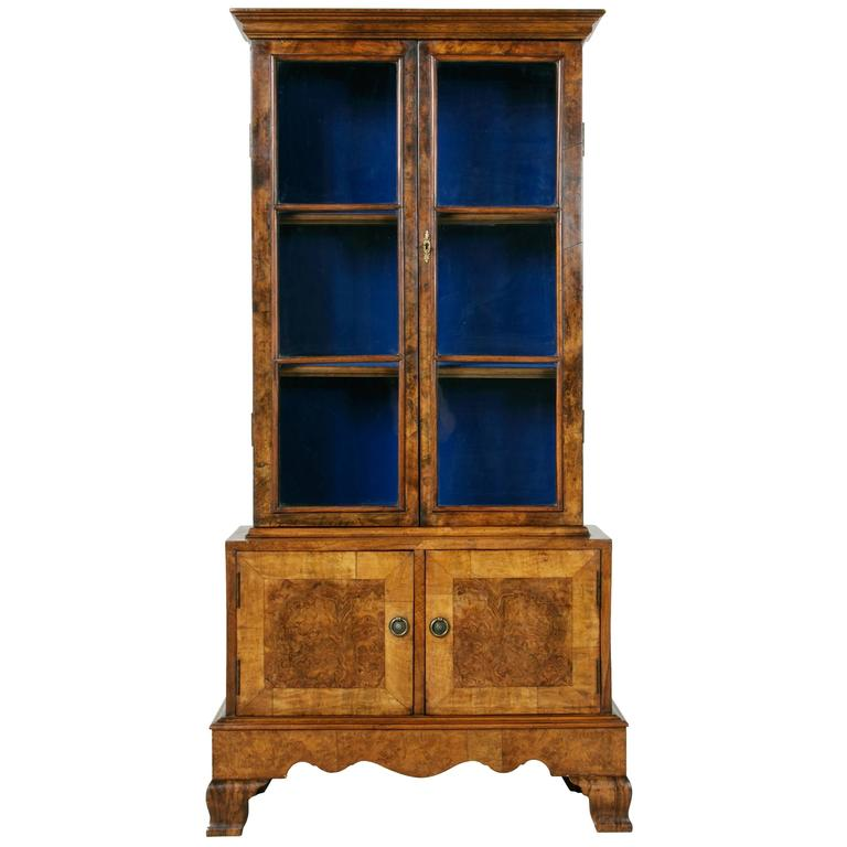 petite french burled walnut louis philippe vitrine with royal blue interior at 1stdibs. Black Bedroom Furniture Sets. Home Design Ideas