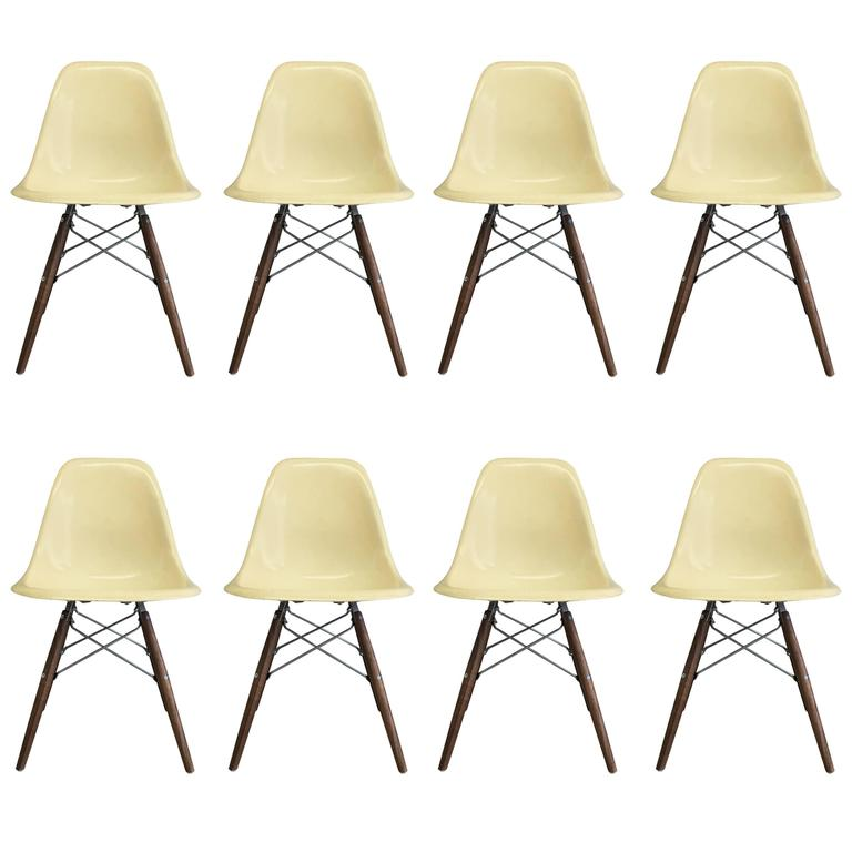 Genial Eight Herman Miller Eames Parchment Dsw Dining Chairs