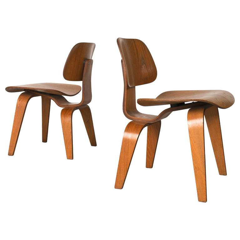 Eames For Herman Miller, Pair Of DCW Molded Plywood Chairs, 1950s 1