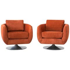 Set of Mid-Century Milo Baughman for Thayer Coggin Swivel Lounge Chairs