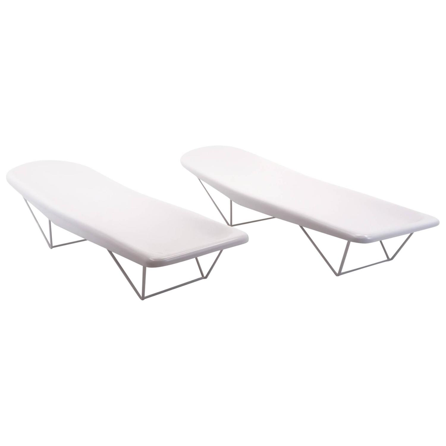 Pair Of 1960s Fiberglass Outdoor Chaise Longue Chairs In