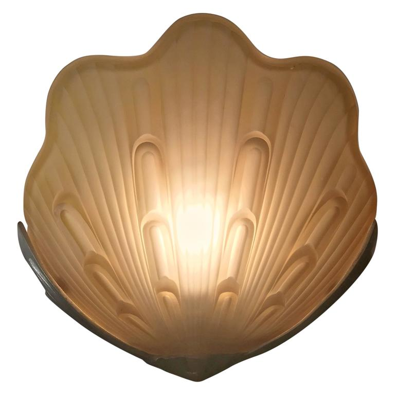 Vintage Shell Wall Lights : Pair of Wonderful Vintage Shell Wall Sconce For Sale at 1stdibs