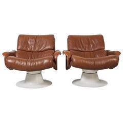Scandinavian Modern Yrjo Kukkapuro Saturn Lounge Chairs