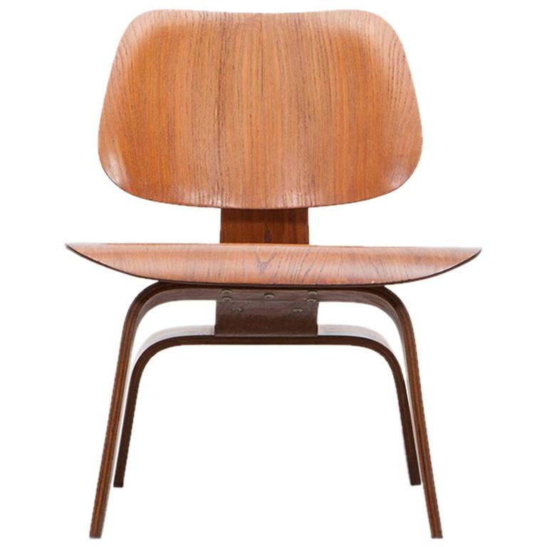 Charles and Ray Eames LCW Chair B at 1stdi