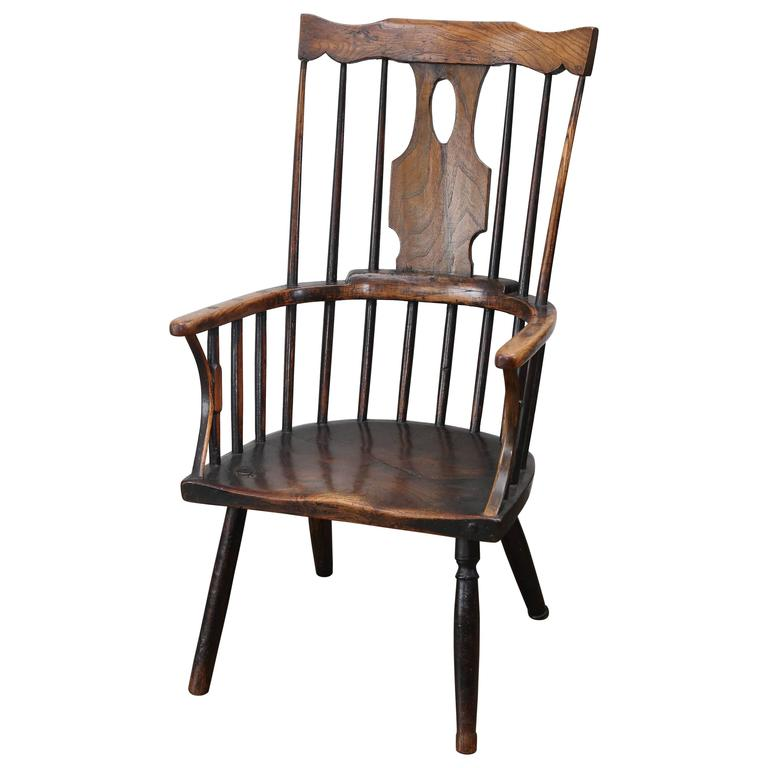 Antique Early 19th Century Windsor Elm Chair For Sale