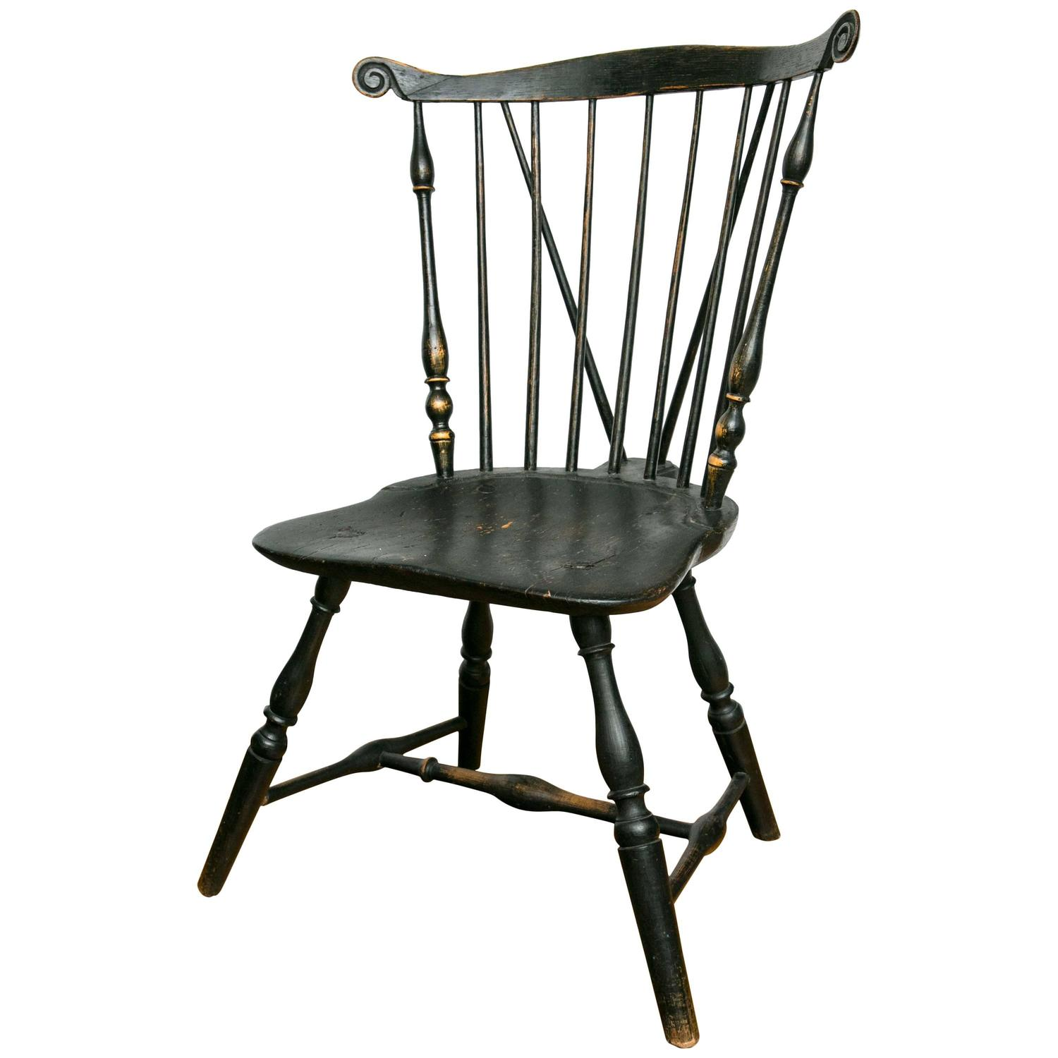 19th Century Pennsylvania Fan Back Brace Back Windsor Side Chair