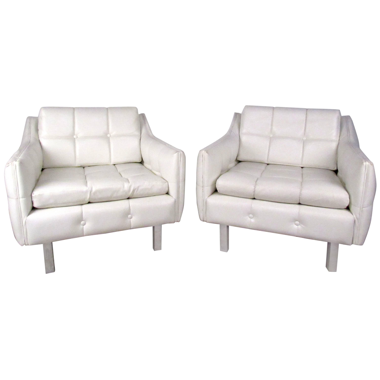 Pair Mid-Century Modern Lounge Chairs