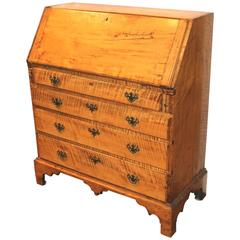 New England Chippendale Tiger Maple Slant Front Desk, circa 1780-1800