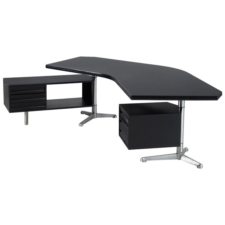 Osvaldo Borsani Boomerang T-96 Desk for Tecno Milano For Sale