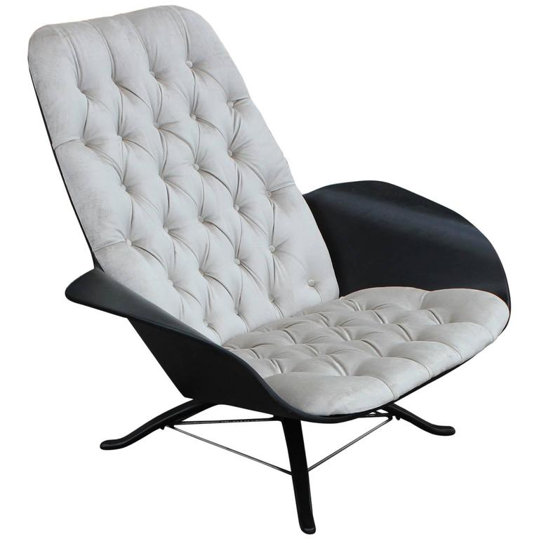 Luxe Lounge Chair by George Mulhauser for Plycraft at 1stdibs