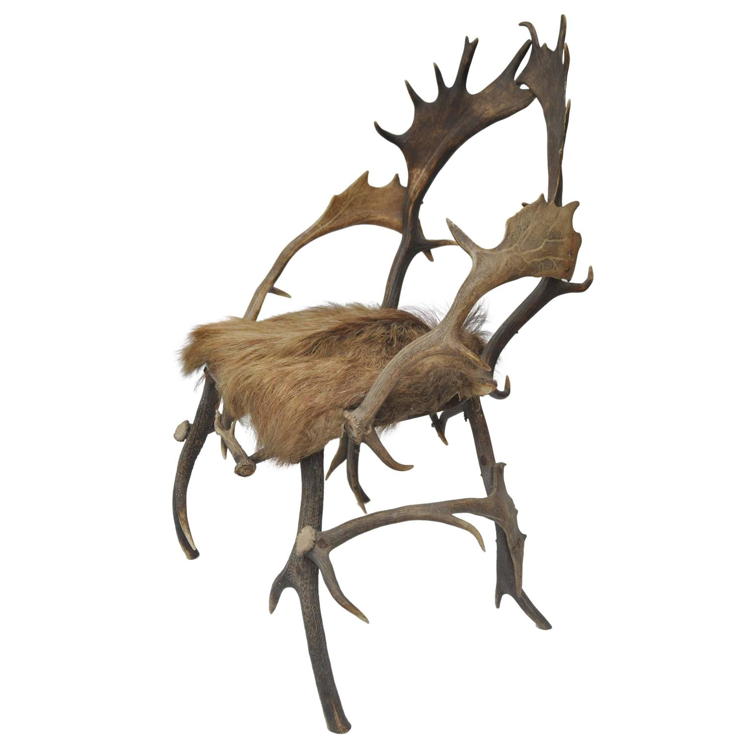 Beau Early 19th Century Elk Antler Chair From Germany With Natural Boar Hair  Seat For Sale At 1stdibs