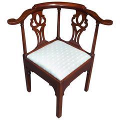 American Georgian Walnut Upholstered Corner Chair, Circa 1770