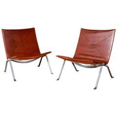 Pair of Lounge Chairs 'PK-22' by Poul Kjaerholm, Denmark, 1955