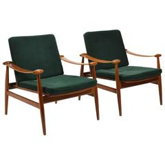 "Finn Juhl Pair of Model 133 ""Spade"" Lounge Chairs by France & Søn"