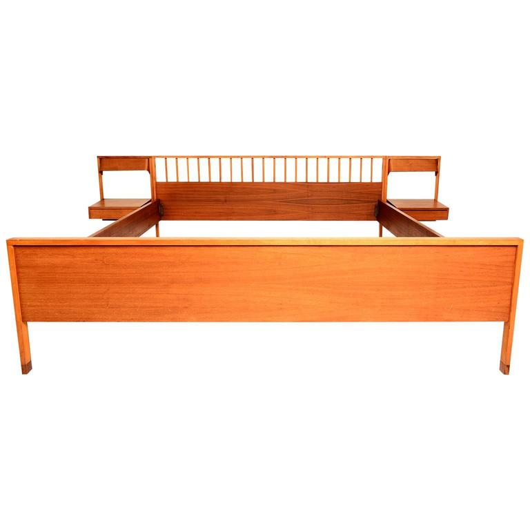 Italian mid century modern bed with floating nightstands for Modern nightstands for sale