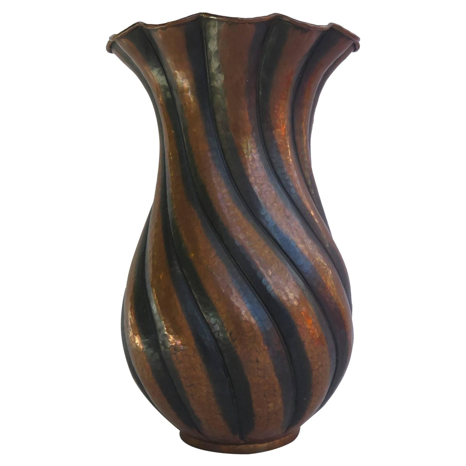 Large egidio casagrande vase hammered copper twist fluted large egidio casagrande vase hammered copper twist fluted italy circa 1930 at 1stdibs reviewsmspy