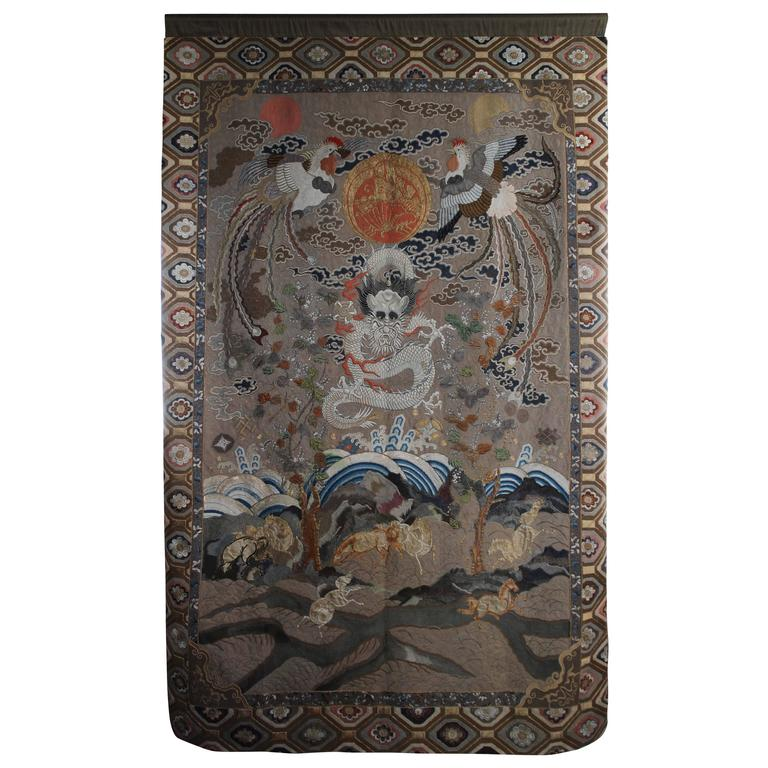 Impressive Antique Japanese Silk Wall Hanging Of A Chinese