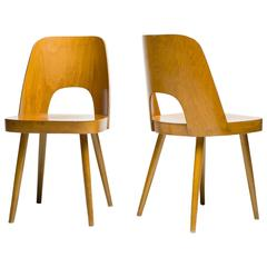 Pair of Viennese Chairs in Beech by Oswald Haerdtl for Thonet