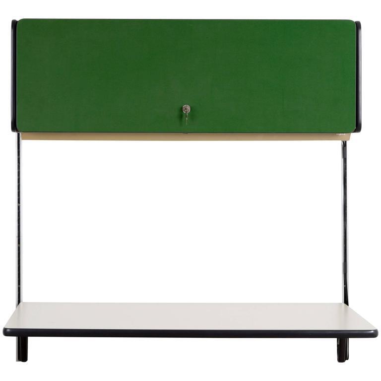 HERMAN MILLER ACTION OFFICE wall system desk For Sale
